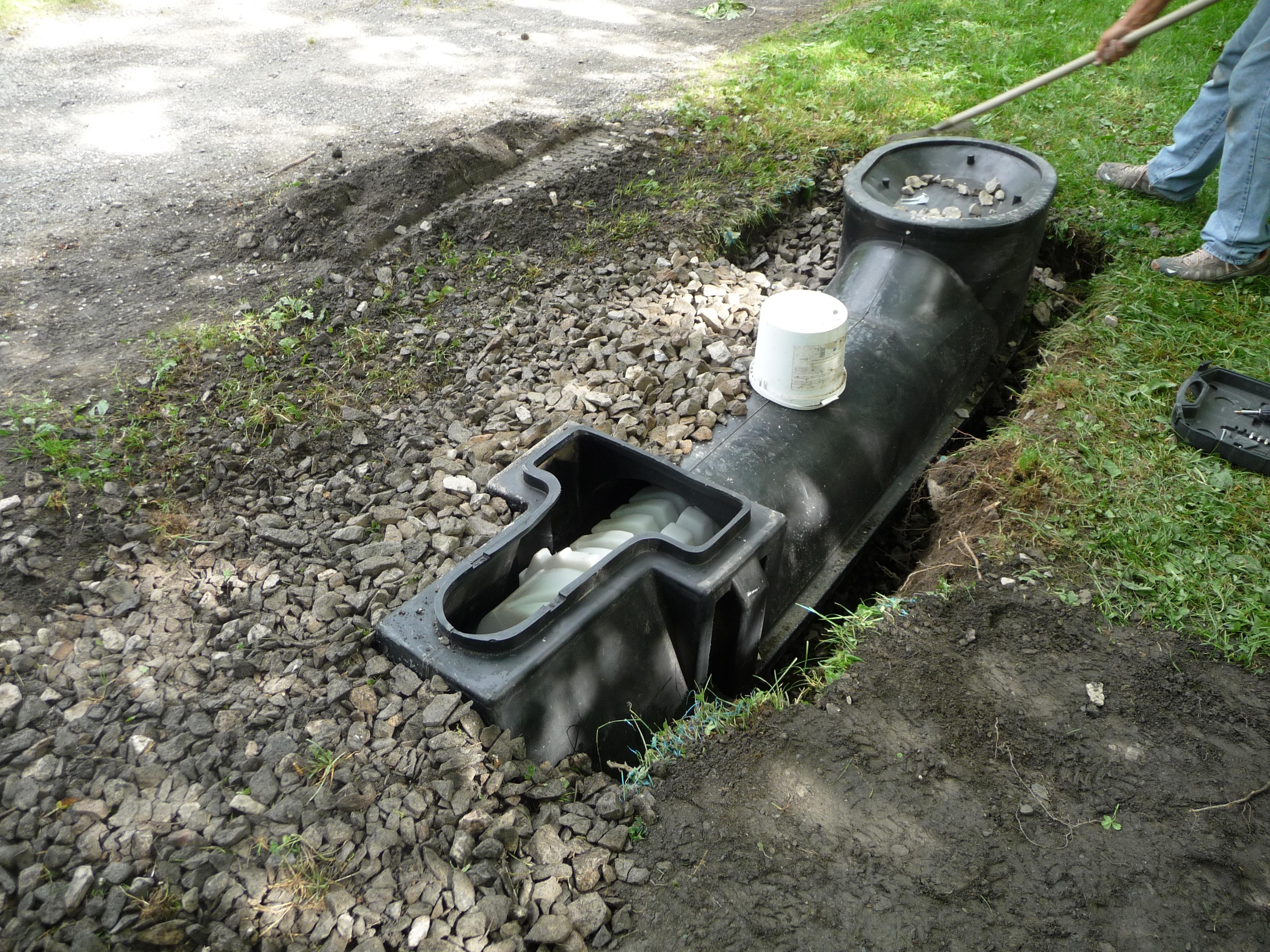 Installation de toilettes sèches à Flumet, tout en image